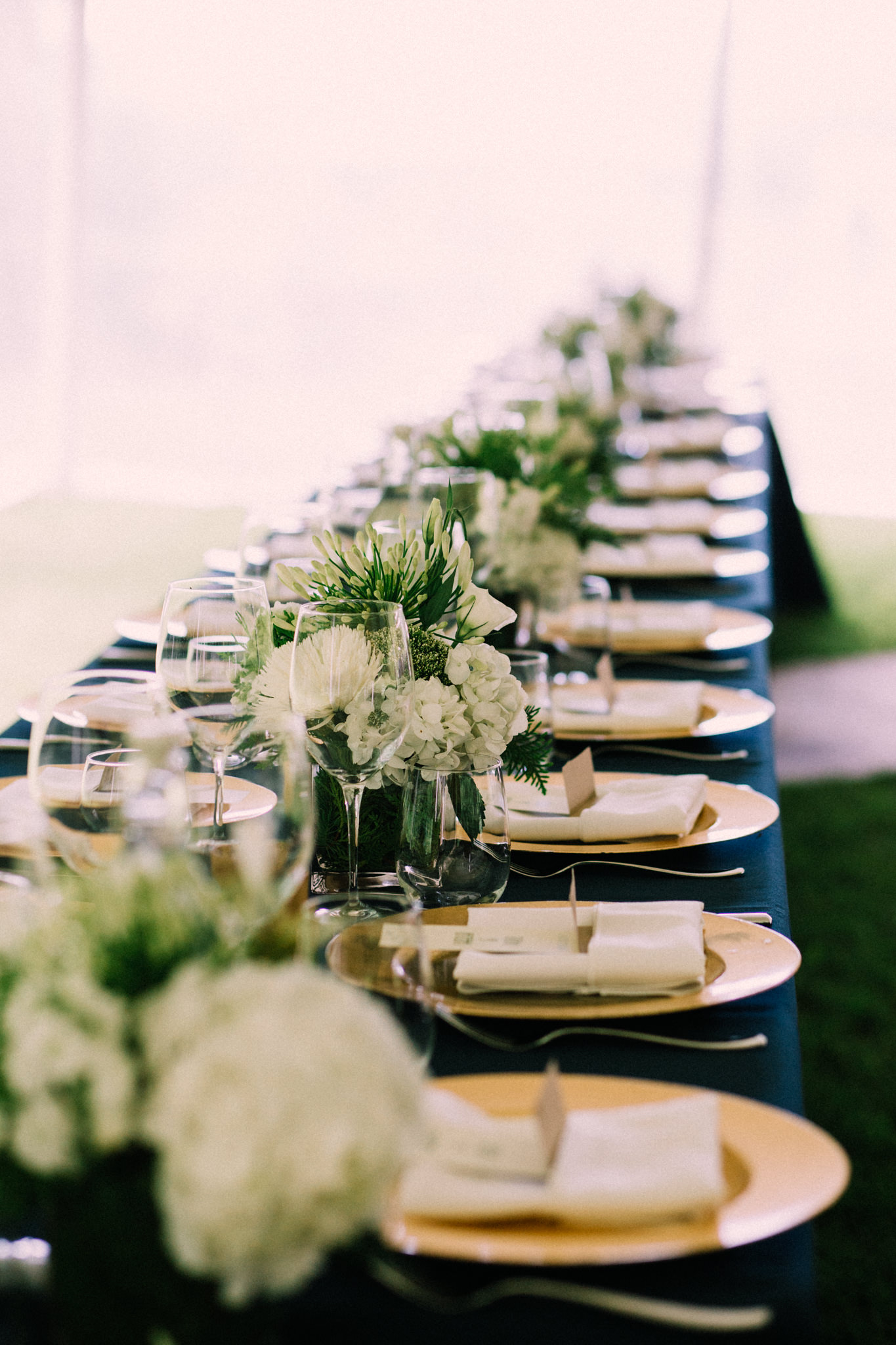 Orillia intimate summer wedding at Ficklewood Farm by Max Wong Photo (14)