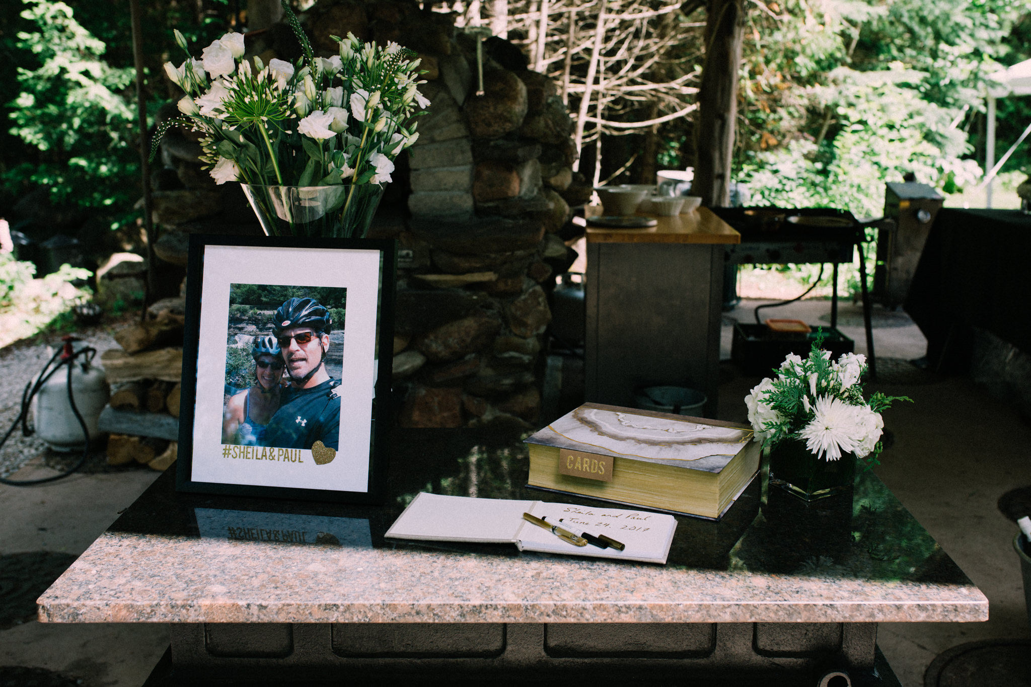Orillia intimate summer wedding at Ficklewood Farm by Max Wong Photo (18)