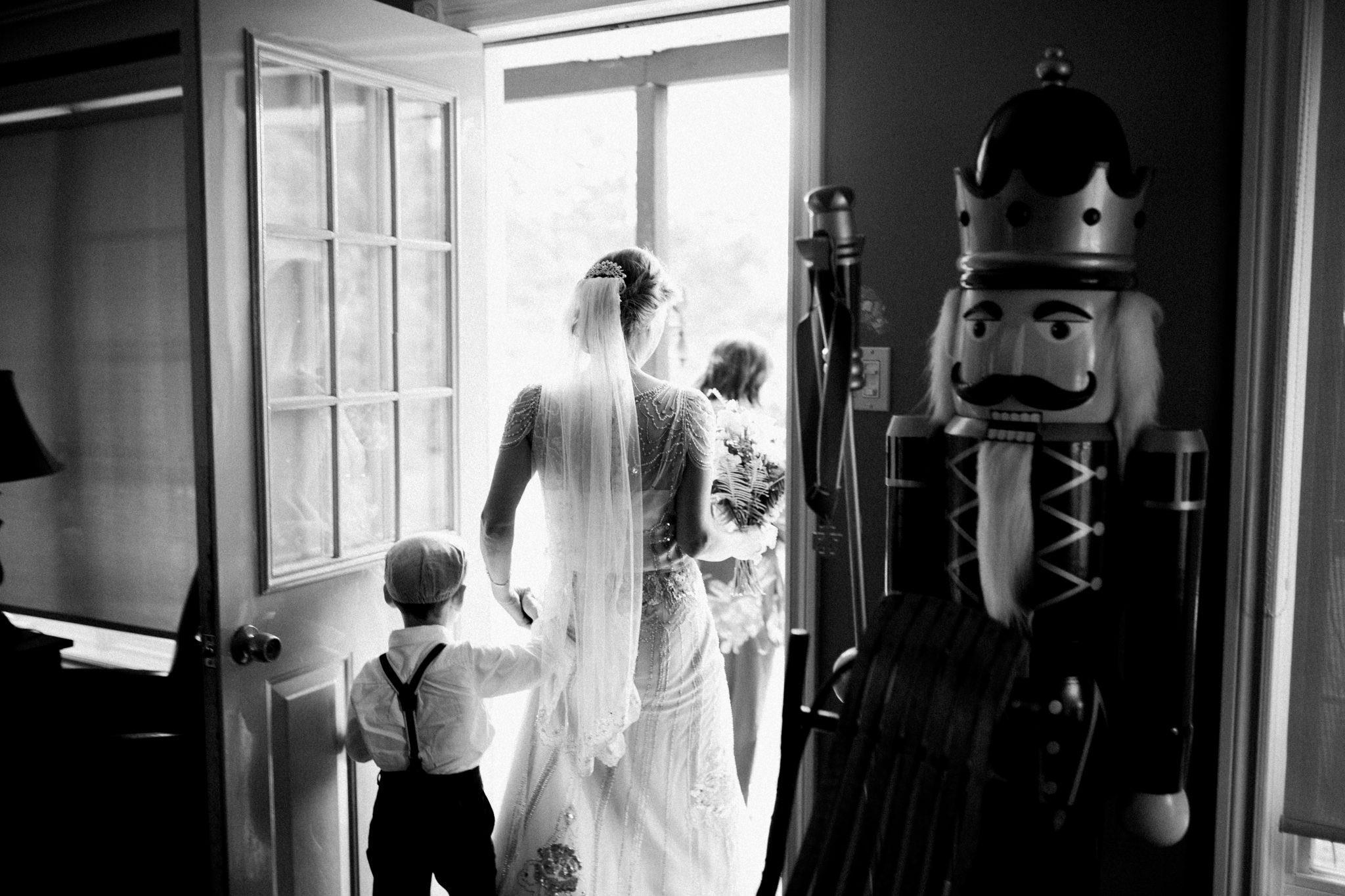 Orillia intimate summer wedding at Ficklewood Farm by Max Wong Photo (20)