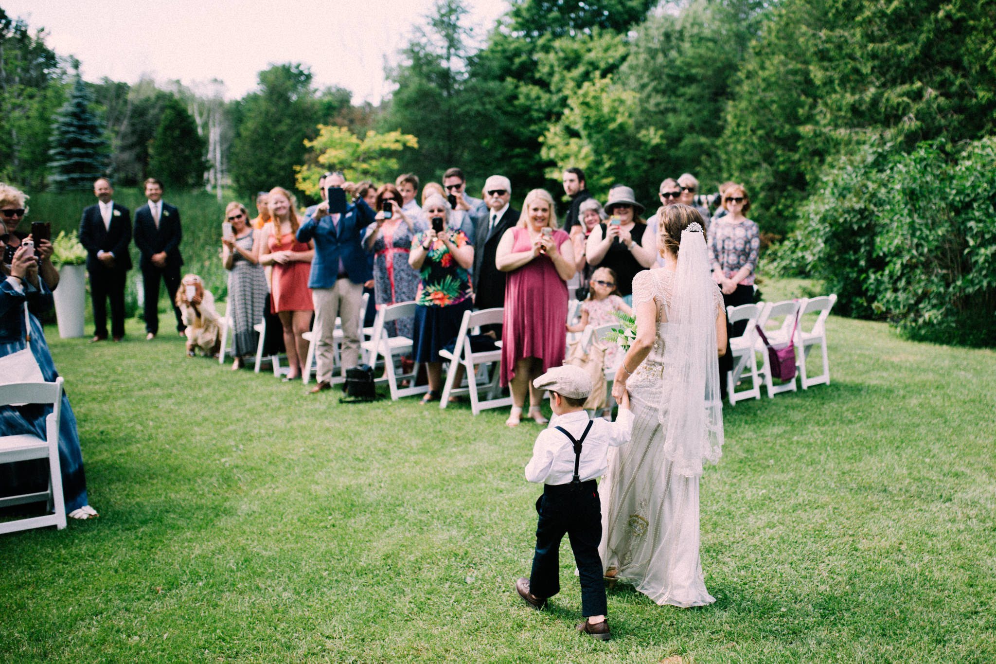 Orillia intimate summer wedding at Ficklewood Farm by Max Wong Photo (21)