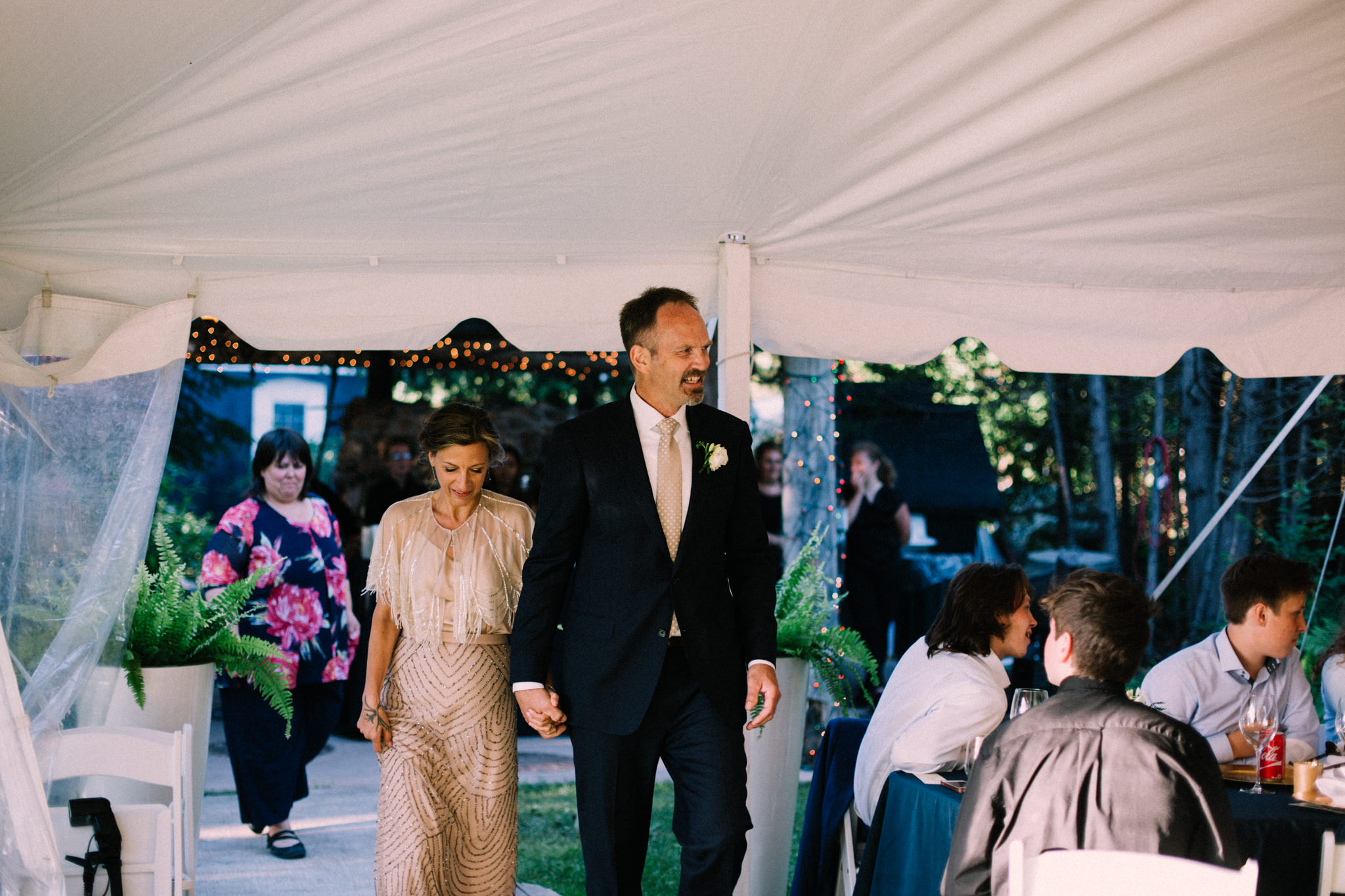 Orillia intimate summer wedding at Ficklewood Farm by Max Wong Photo (28)