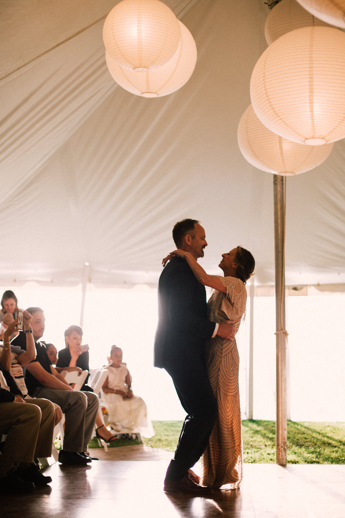 Orillia intimate summer wedding at Ficklewood Farm by Max Wong Photo (32)