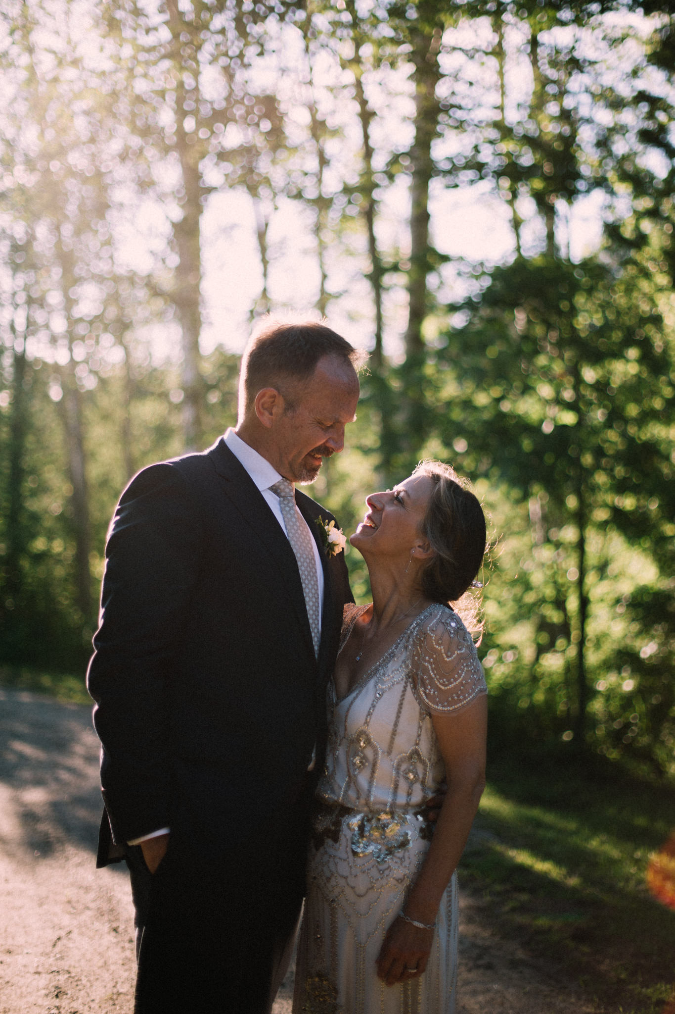 Orillia intimate summer wedding at Ficklewood Farm by Max Wong Photo (34)