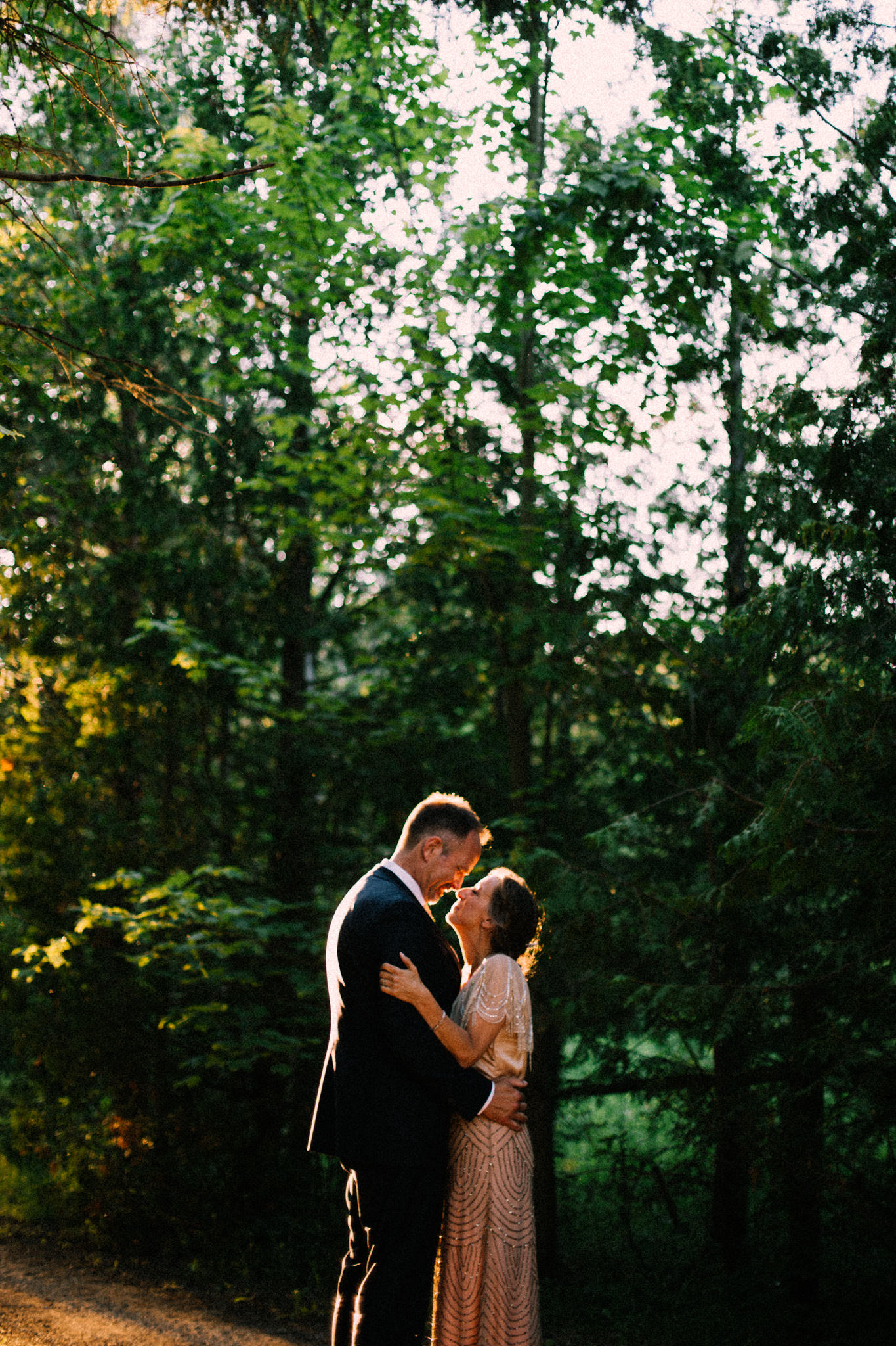 Orillia intimate summer wedding at Ficklewood Farm by Max Wong Photo (36)
