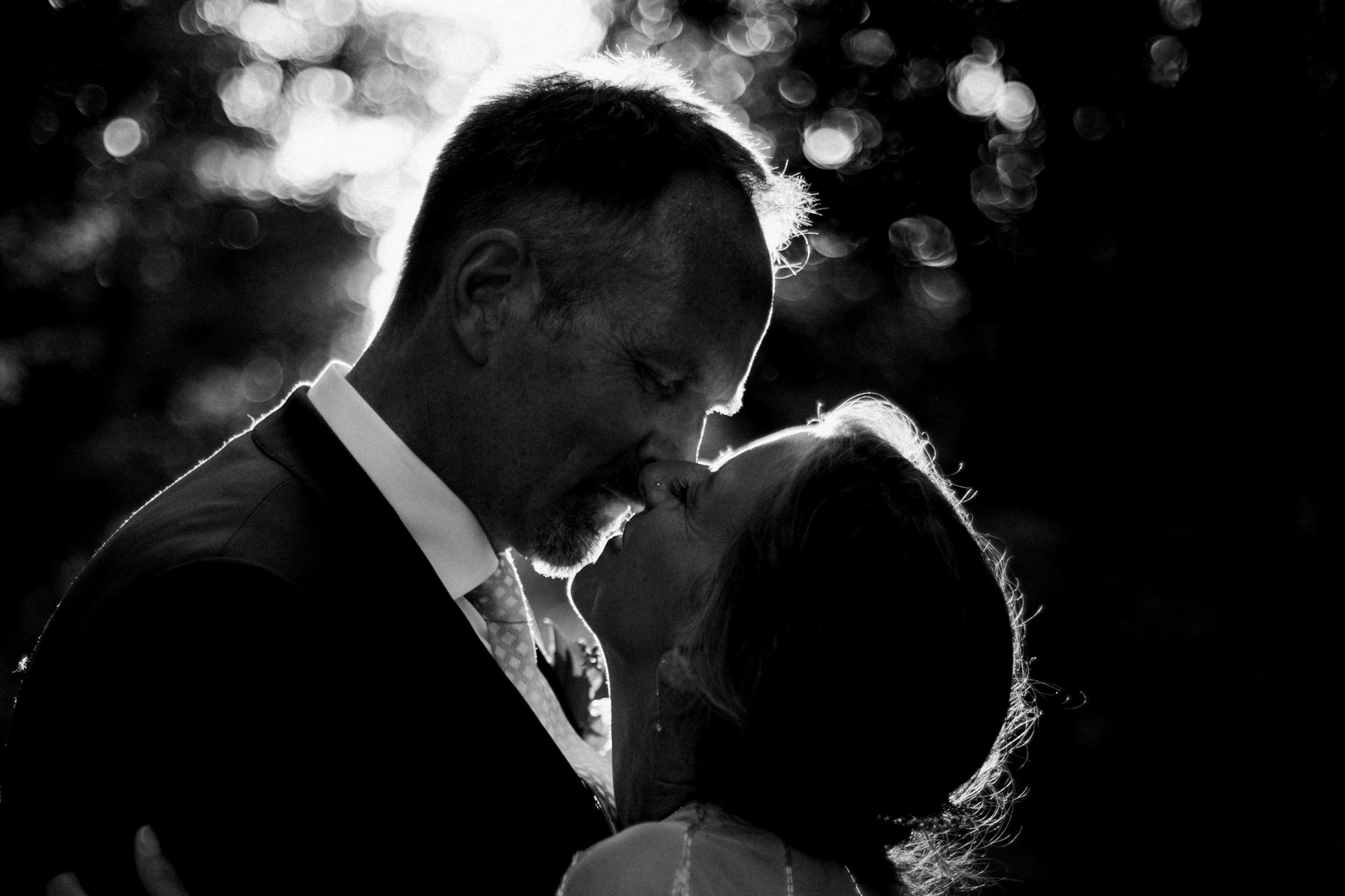 Orillia intimate summer wedding at Ficklewood Farm by Max Wong Photo (37)