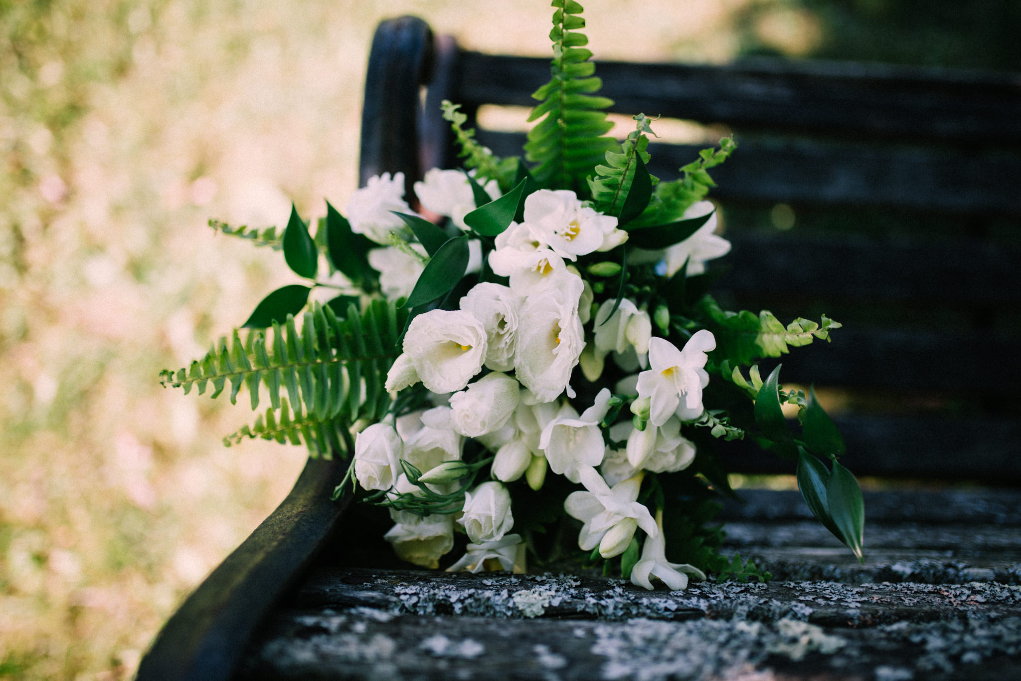 Orillia intimate summer wedding at Ficklewood Farm by Max Wong Photo (8)