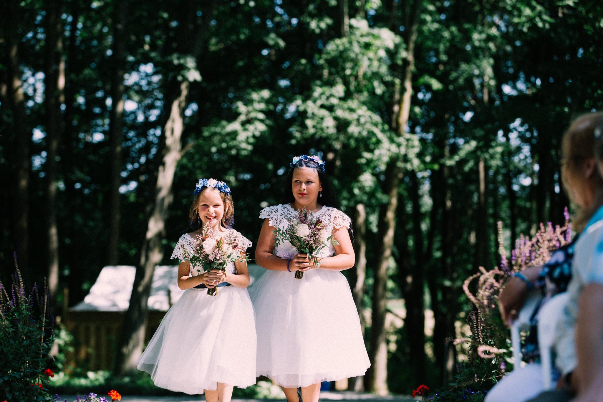 Orillia summer wedding at Northbrook Farms by Max Wong Photo (22)