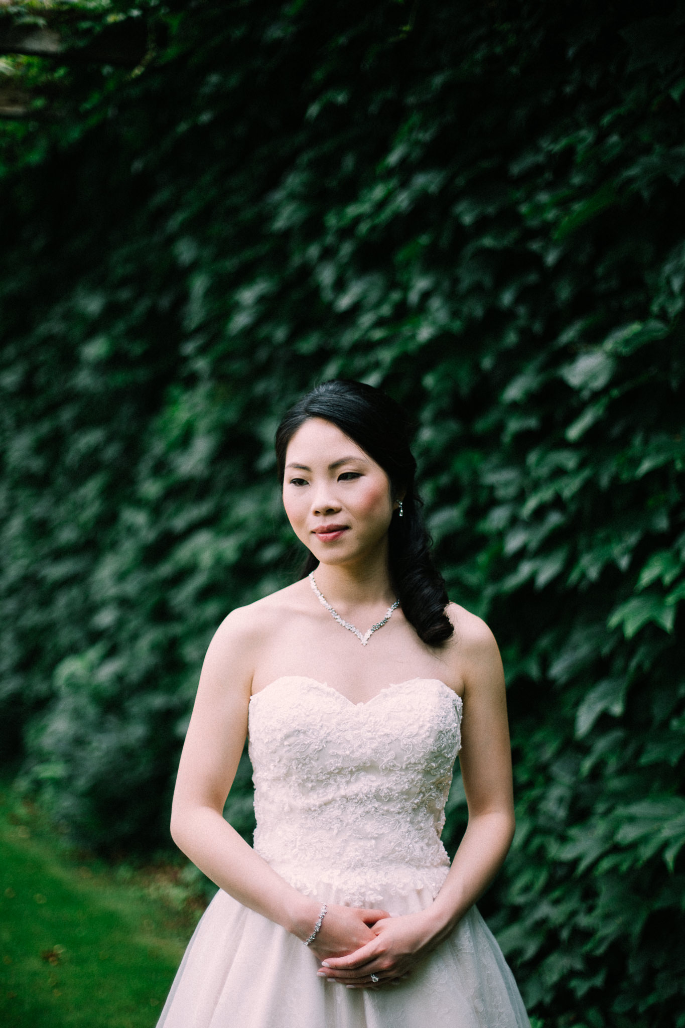 Oshawa summer wedding at Parkwood Estate by Max Wong Photo (20)