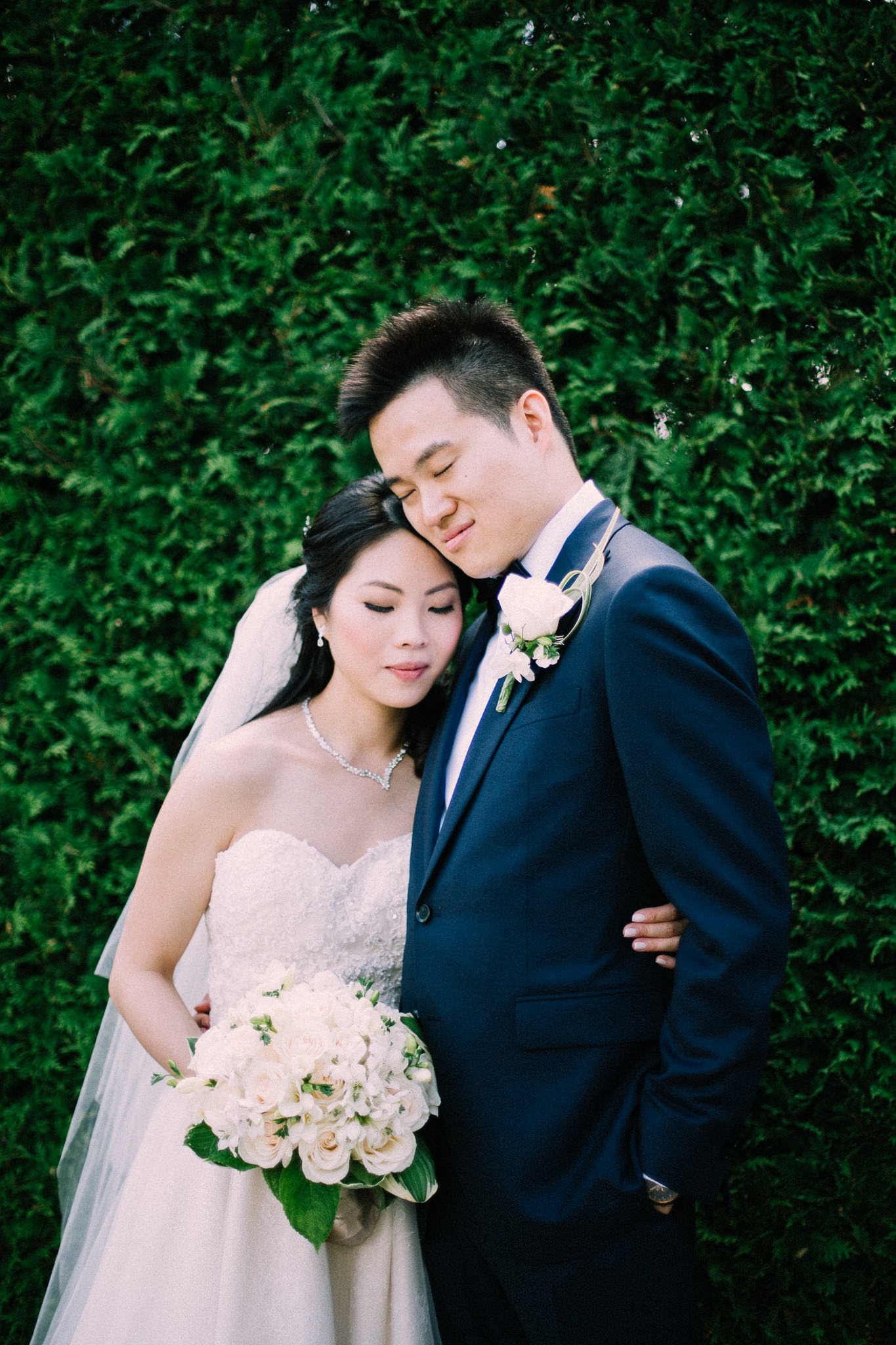 Oshawa summer wedding at Parkwood Estate by Max Wong Photo (27)