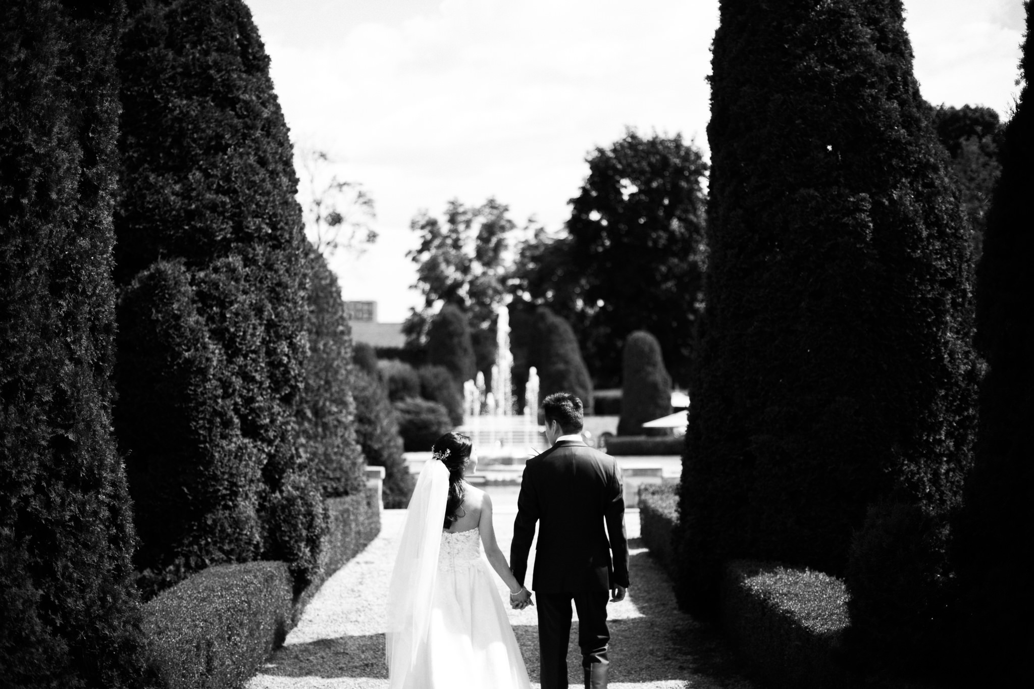 Oshawa summer wedding at Parkwood Estate by Max Wong Photo (28)