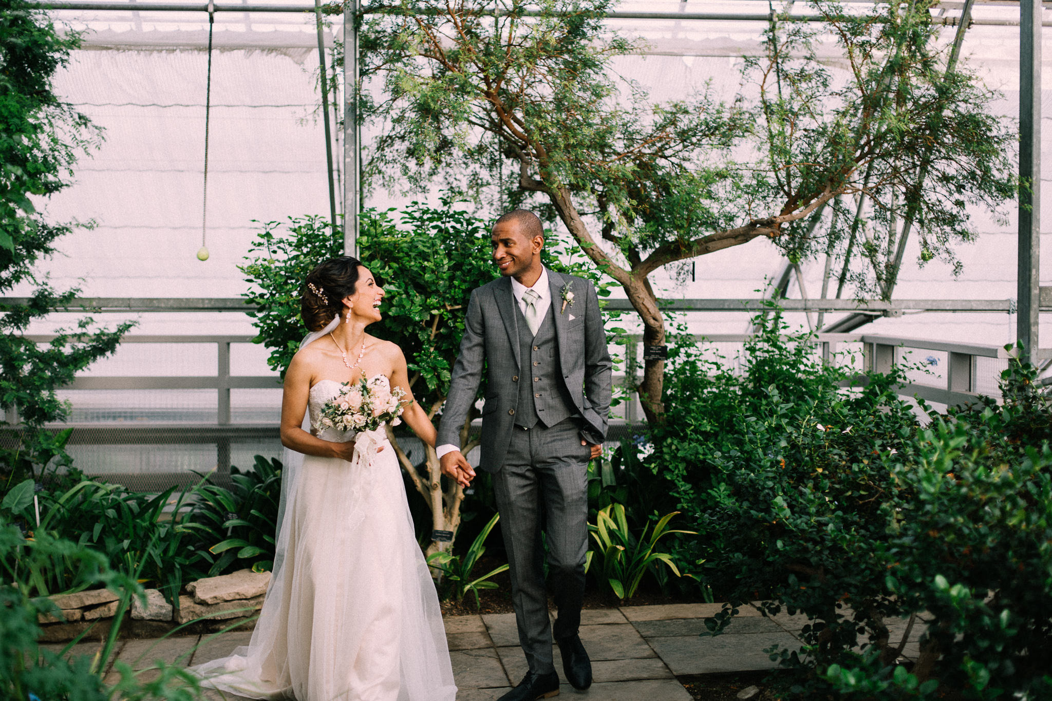 Burlington Fall wedding at Royal Botanical Gardens by Max Wong Photo (32)