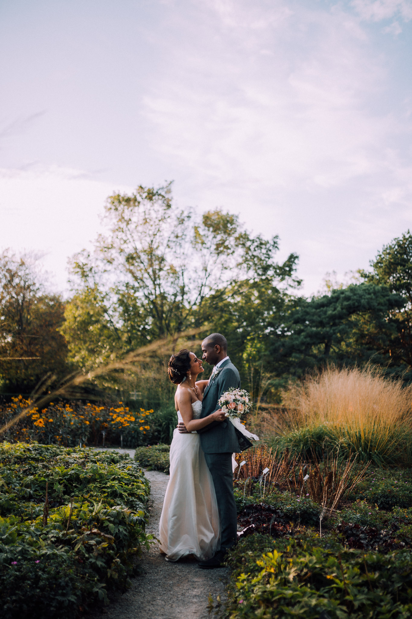 Burlington Fall wedding at Royal Botanical Gardens by Max Wong Photo (44)