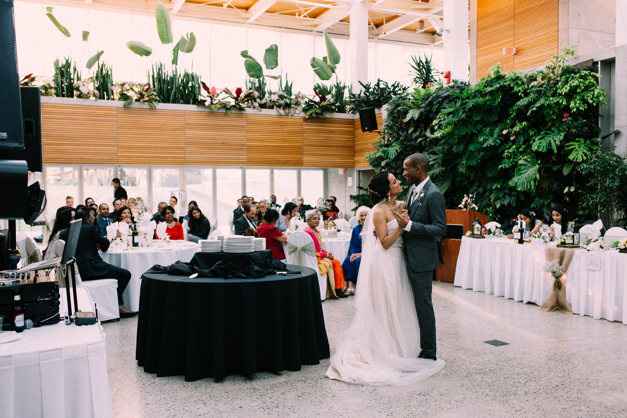 Burlington Fall wedding at Royal Botanical Gardens by Max Wong Photo (52)
