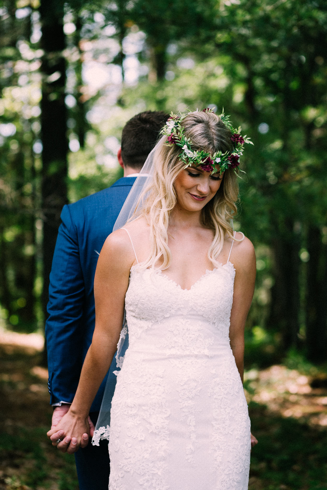 Muskoka lakeside wedding at Port Cunnington Lodge by Max Wong Photo (12)