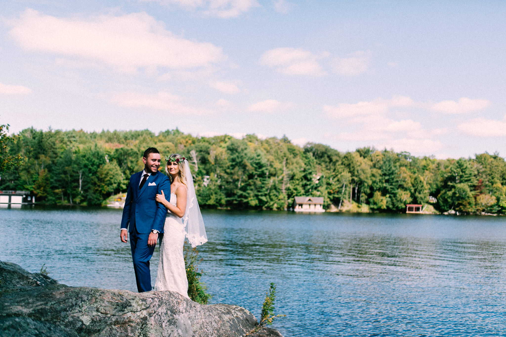 Muskoka lakeside wedding at Port Cunnington Lodge by Max Wong Photo (19)