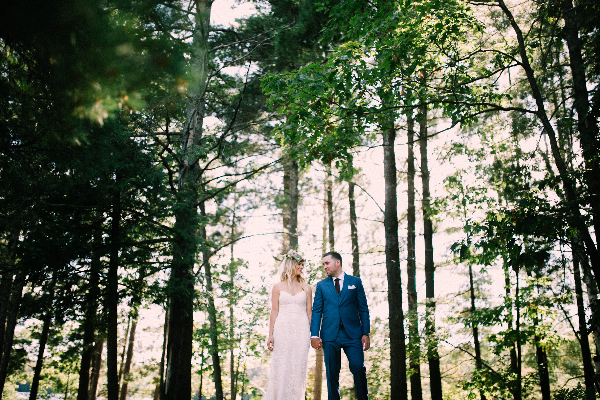 Muskoka lakeside wedding at Port Cunnington Lodge by Max Wong Photo (21)