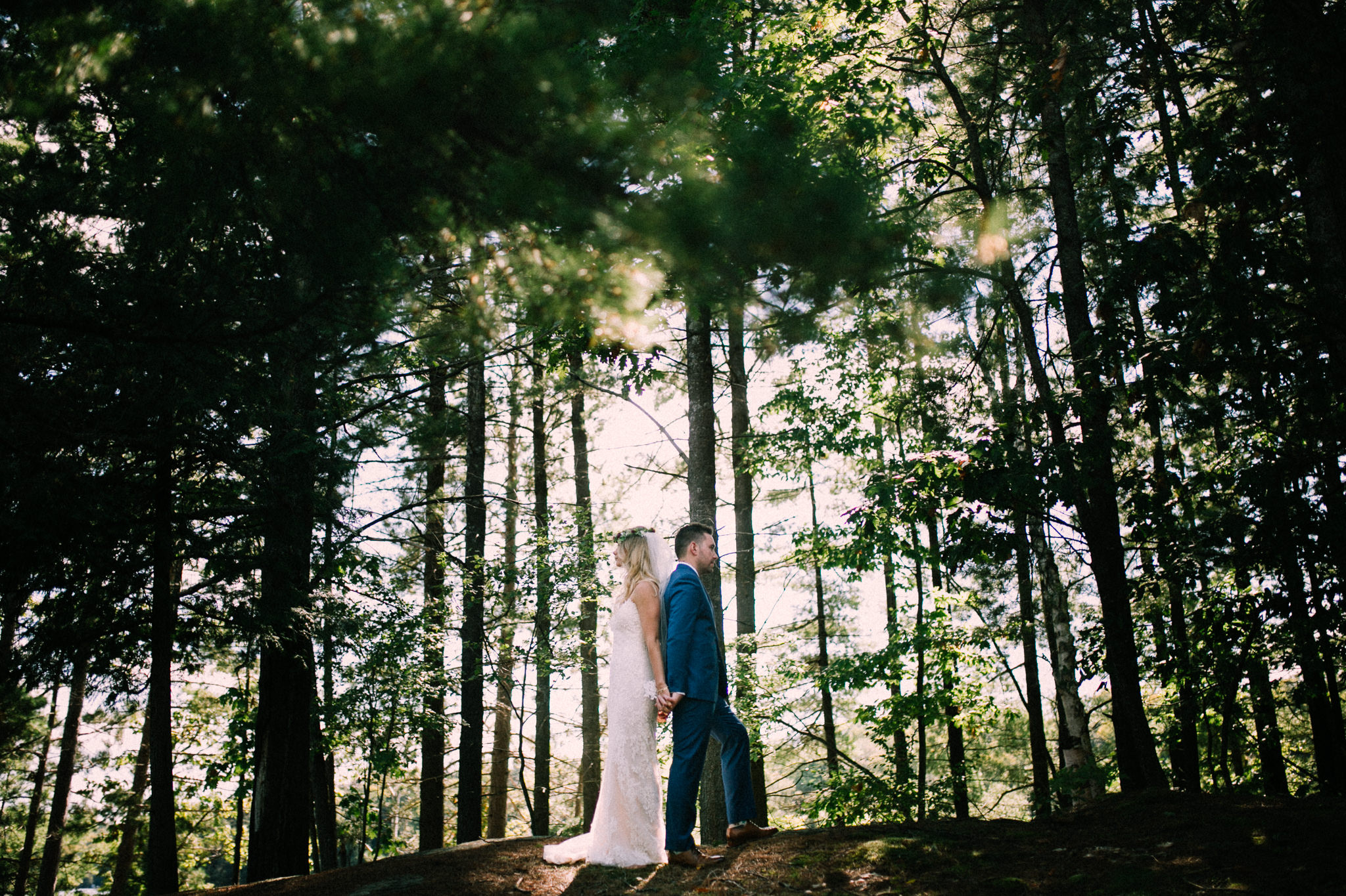Muskoka lakeside wedding at Port Cunnington Lodge by Max Wong Photo (23)