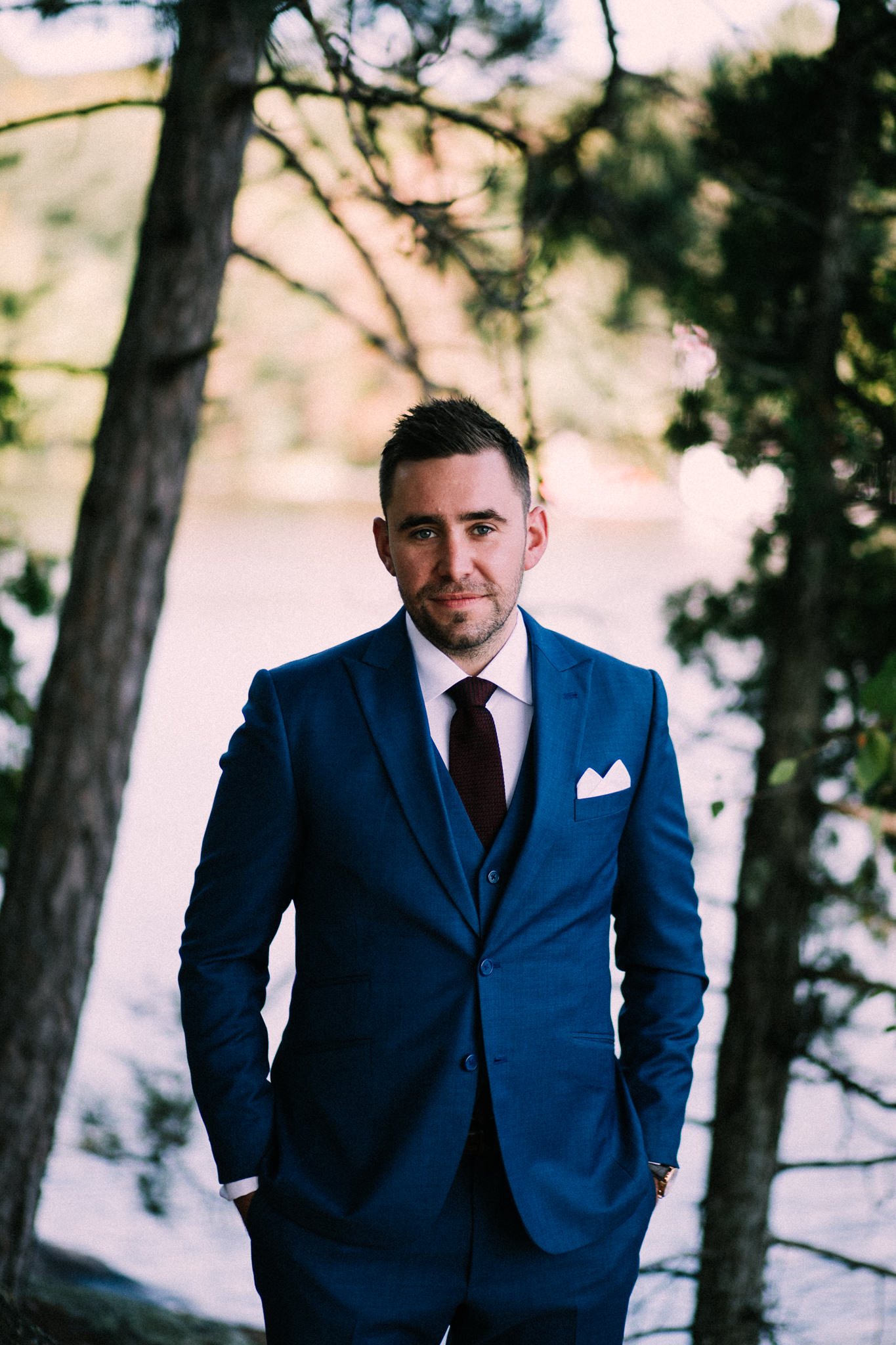 Muskoka lakeside wedding at Port Cunnington Lodge by Max Wong Photo (27)
