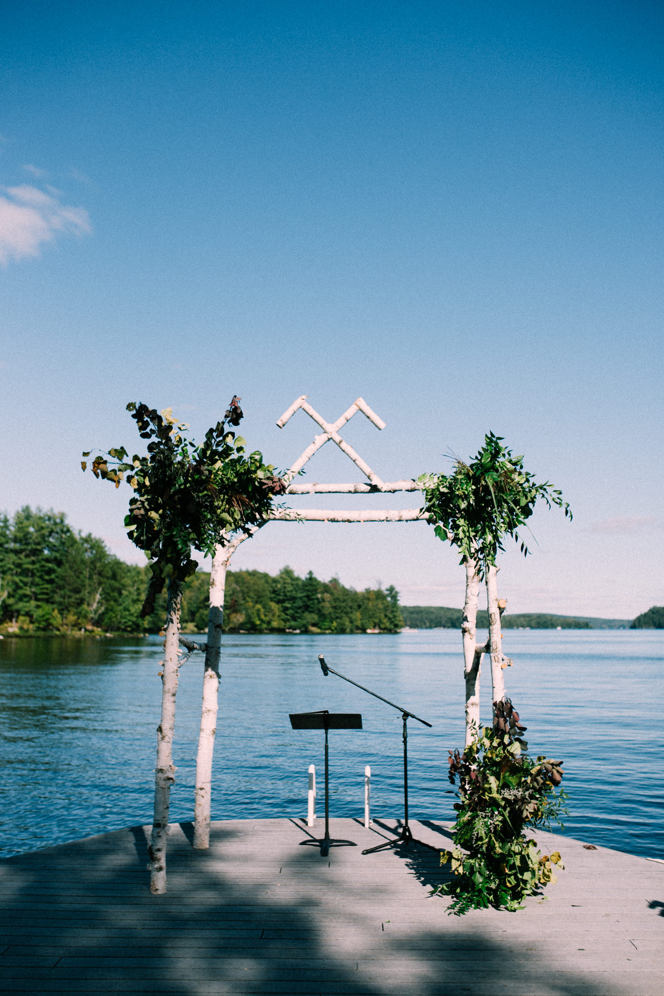 Muskoka lakeside wedding at Port Cunnington Lodge by Max Wong Photo (42)