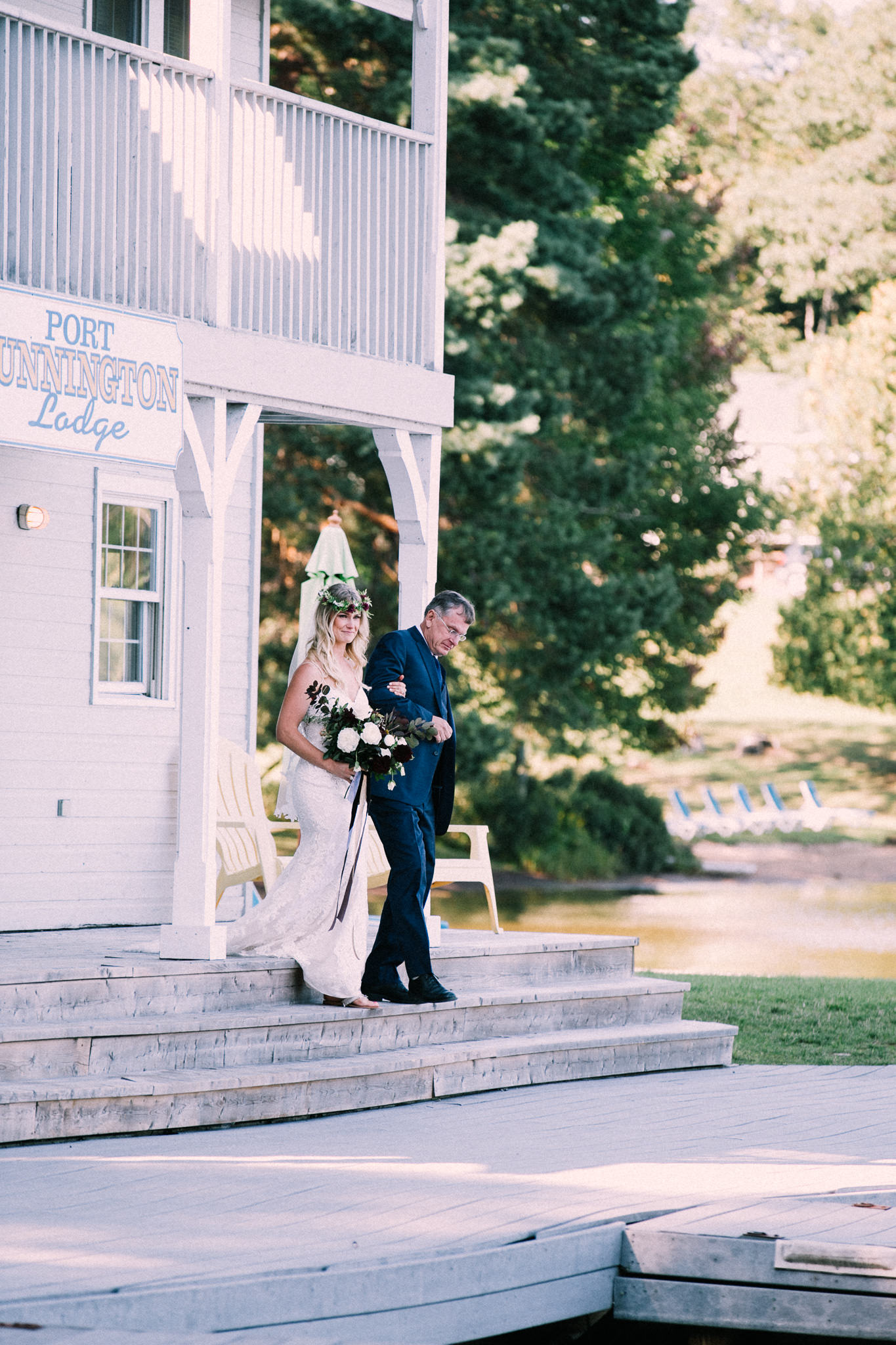 Muskoka lakeside wedding at Port Cunnington Lodge by Max Wong Photo (43)