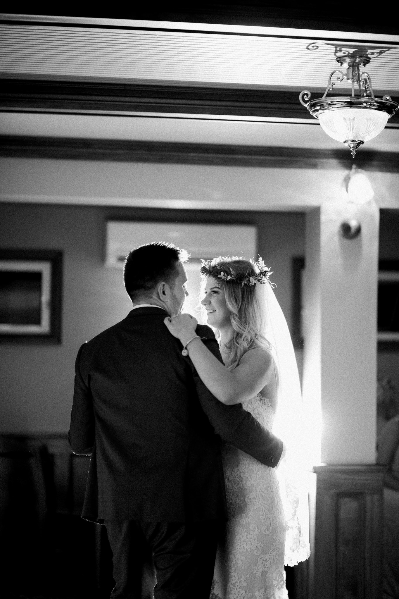 Muskoka lakeside wedding at Port Cunnington Lodge by Max Wong Photo (68)