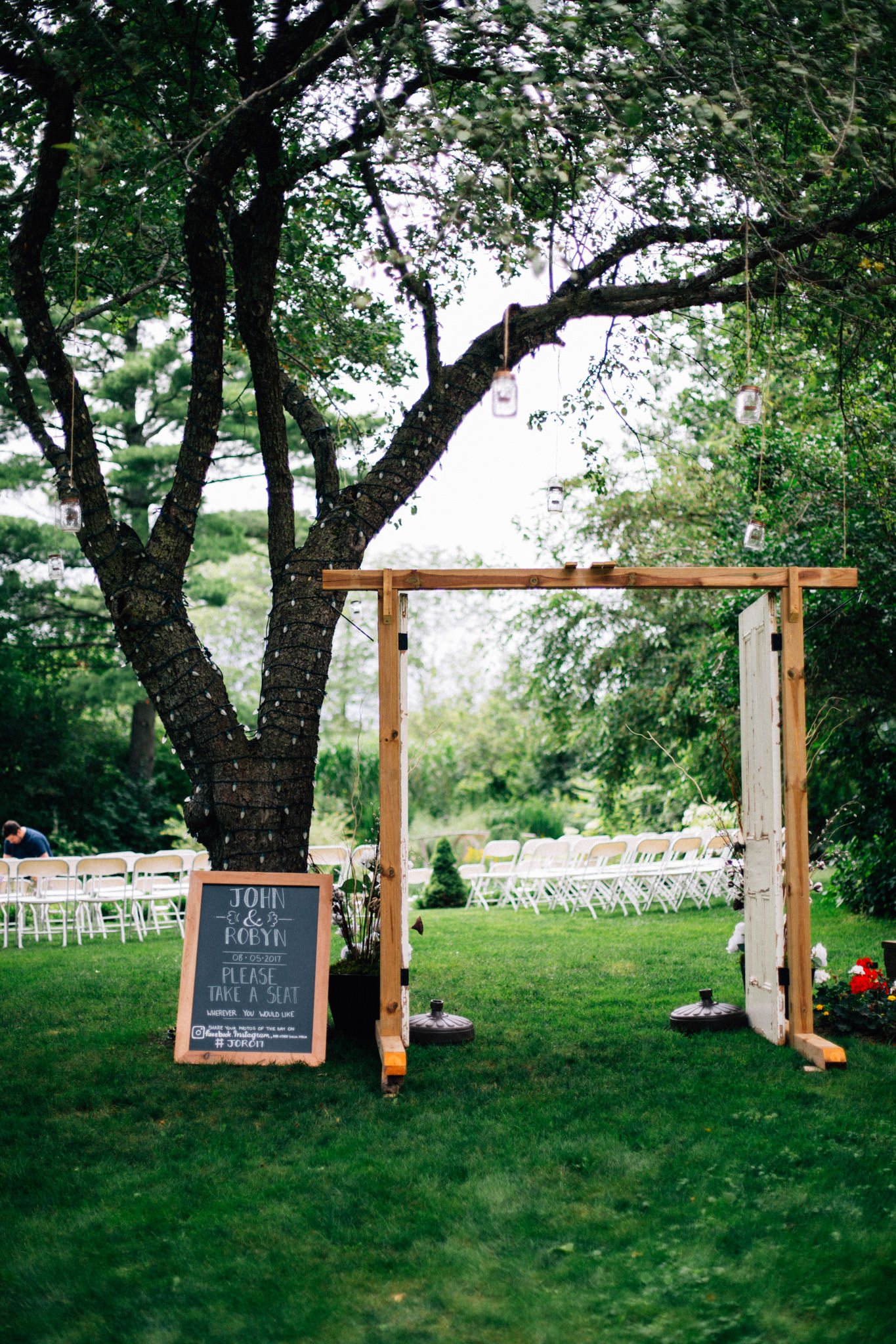 Orillia intimate outdoor wedding at Northbrook Farms by Max Wong Photo (1)
