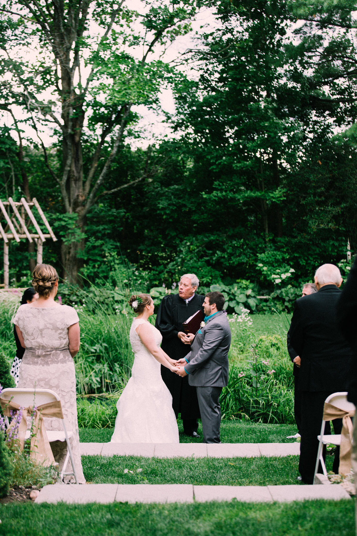 Orillia intimate outdoor wedding at Northbrook Farms by Max Wong Photo (32)