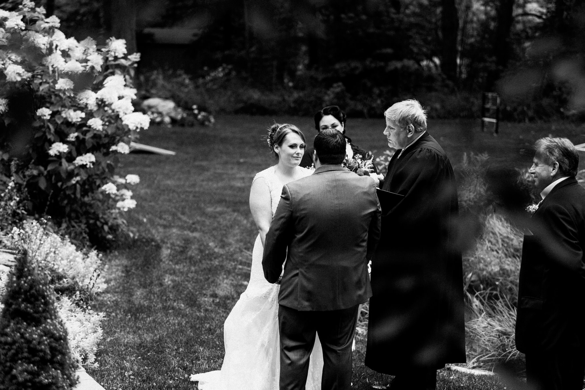 Orillia intimate outdoor wedding at Northbrook Farms by Max Wong Photo (36)