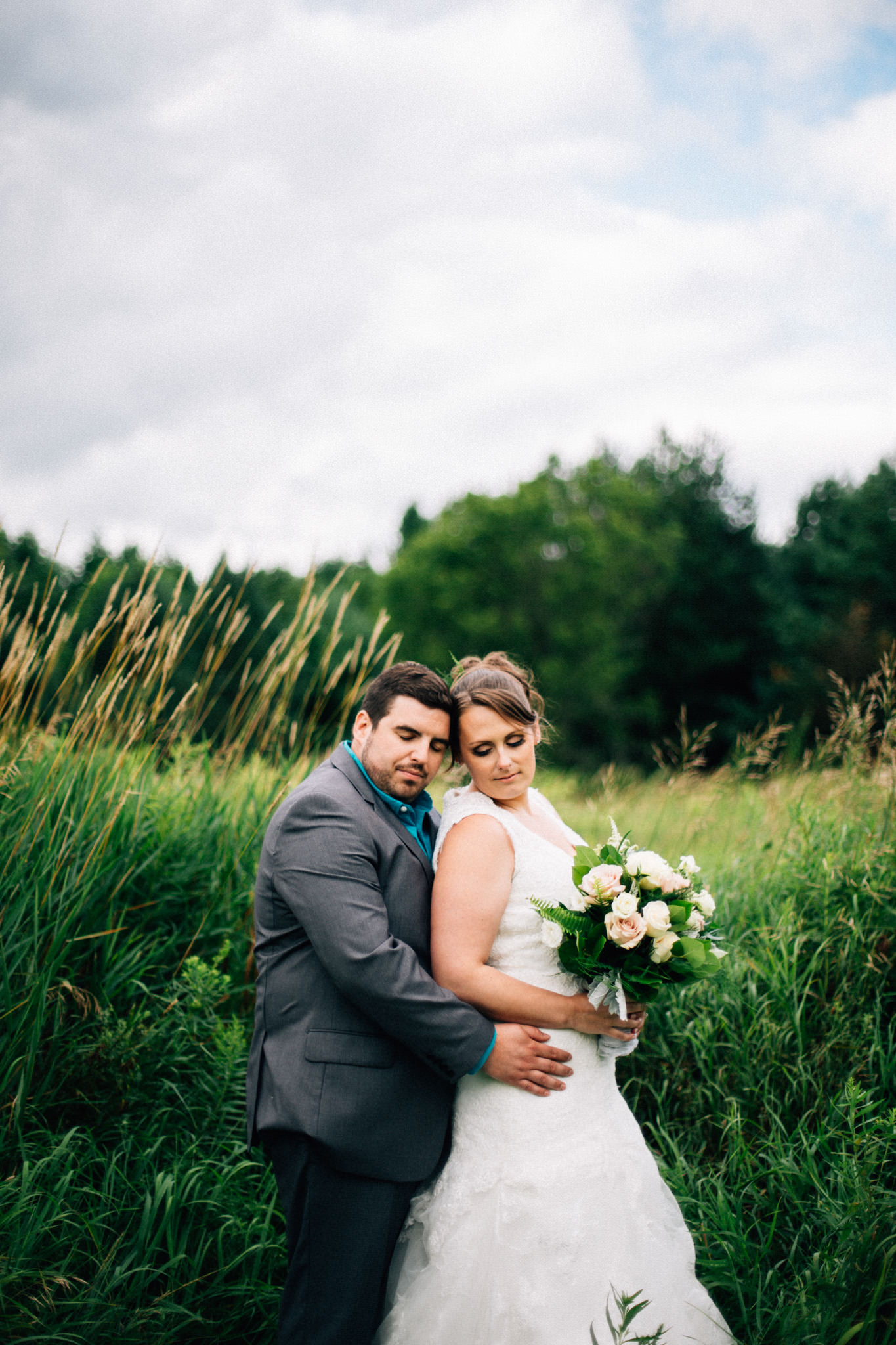 Orillia intimate outdoor wedding at Northbrook Farms by Max Wong Photo (43)