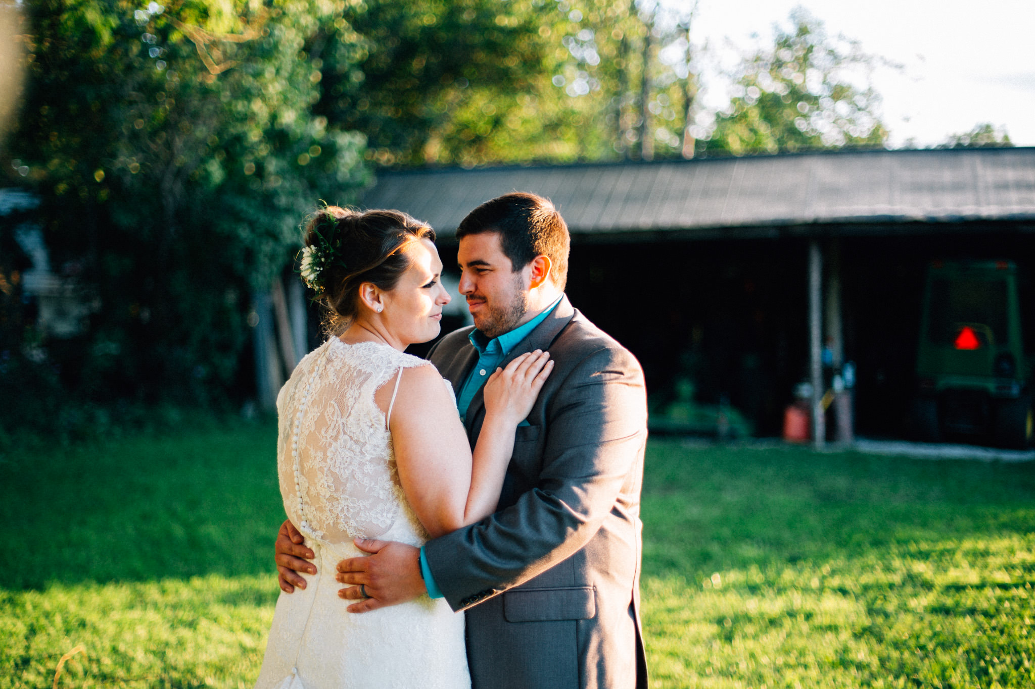 Orillia intimate outdoor wedding at Northbrook Farms by Max Wong Photo (52)