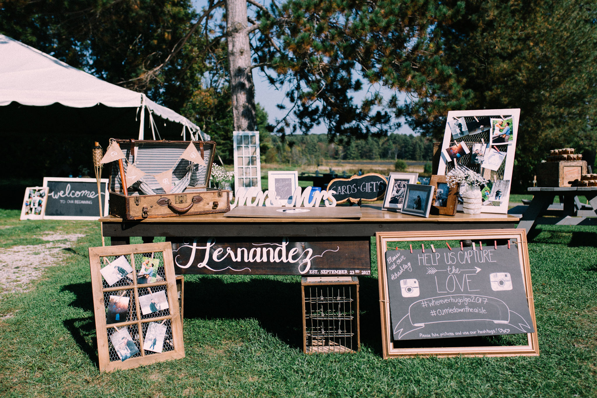rustic table decor for wedding