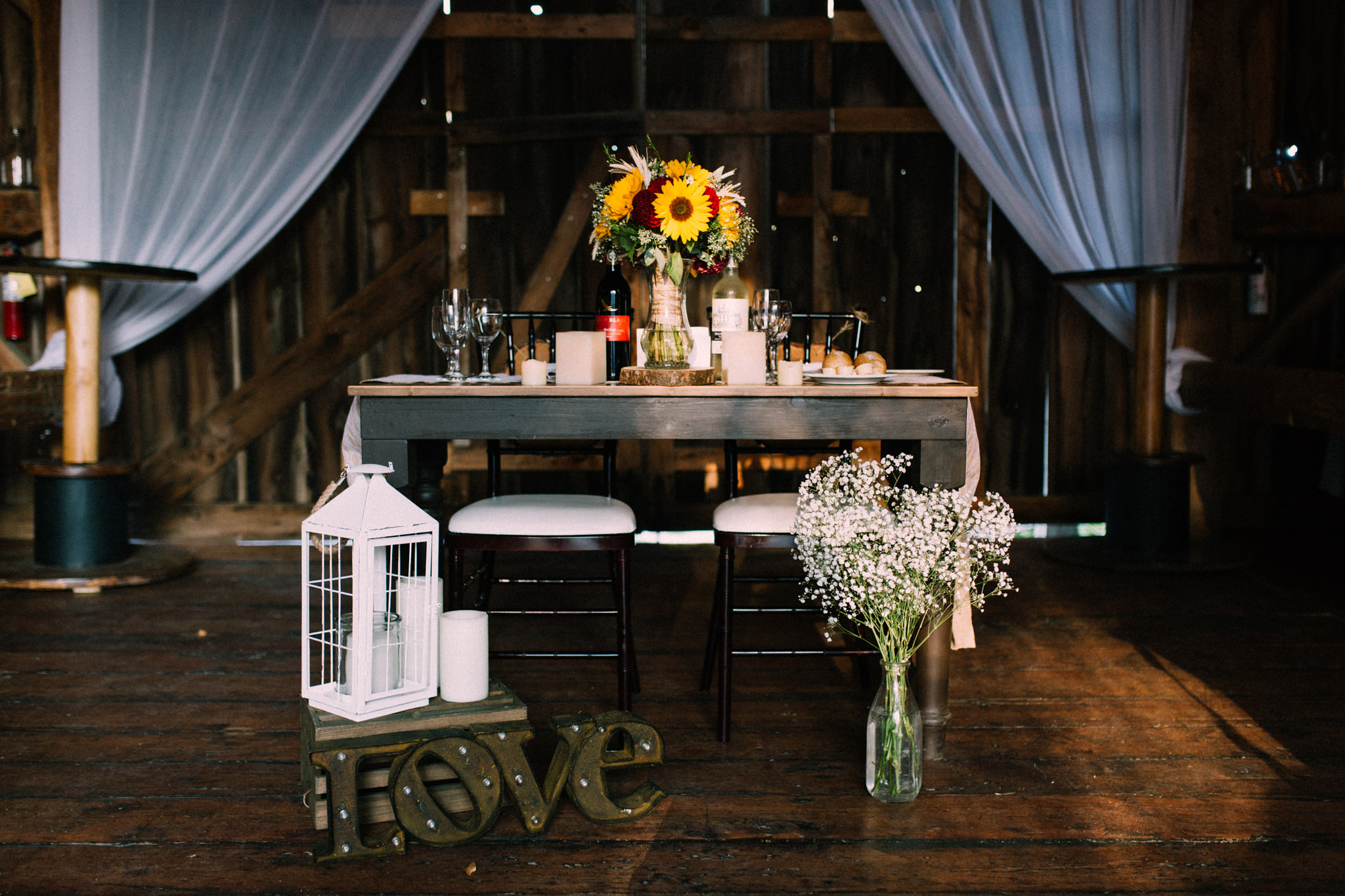 Muskoka rustic farm wedding at Brookland Farm by Max Wong Photo (26)