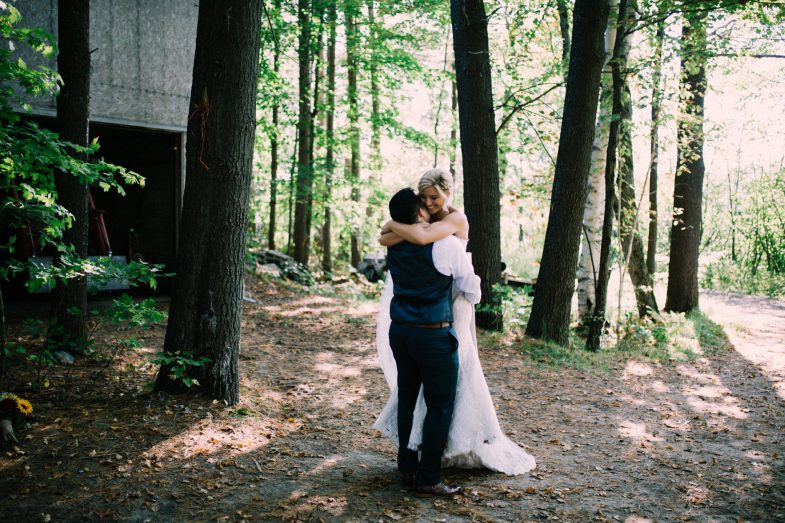 Muskoka rustic farm wedding at Brookland Farm by Max Wong Photo (33)